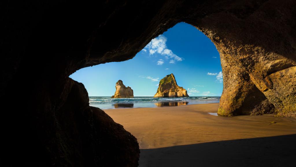 Archway-Islands-Wharariki-Beach