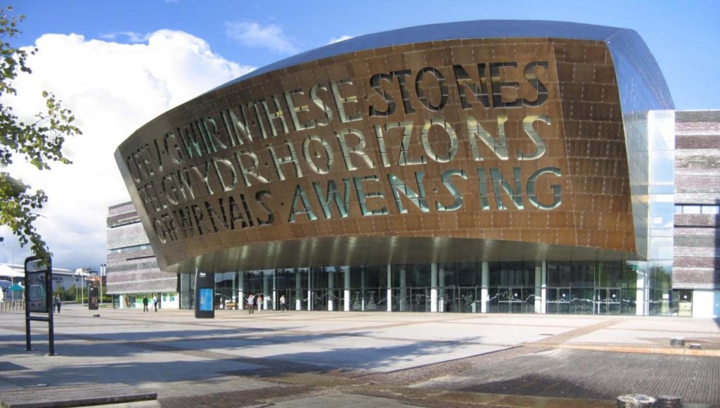 44829678-4_-_Wales_Millennium_Centre_and_Roald_Dahl_Plass